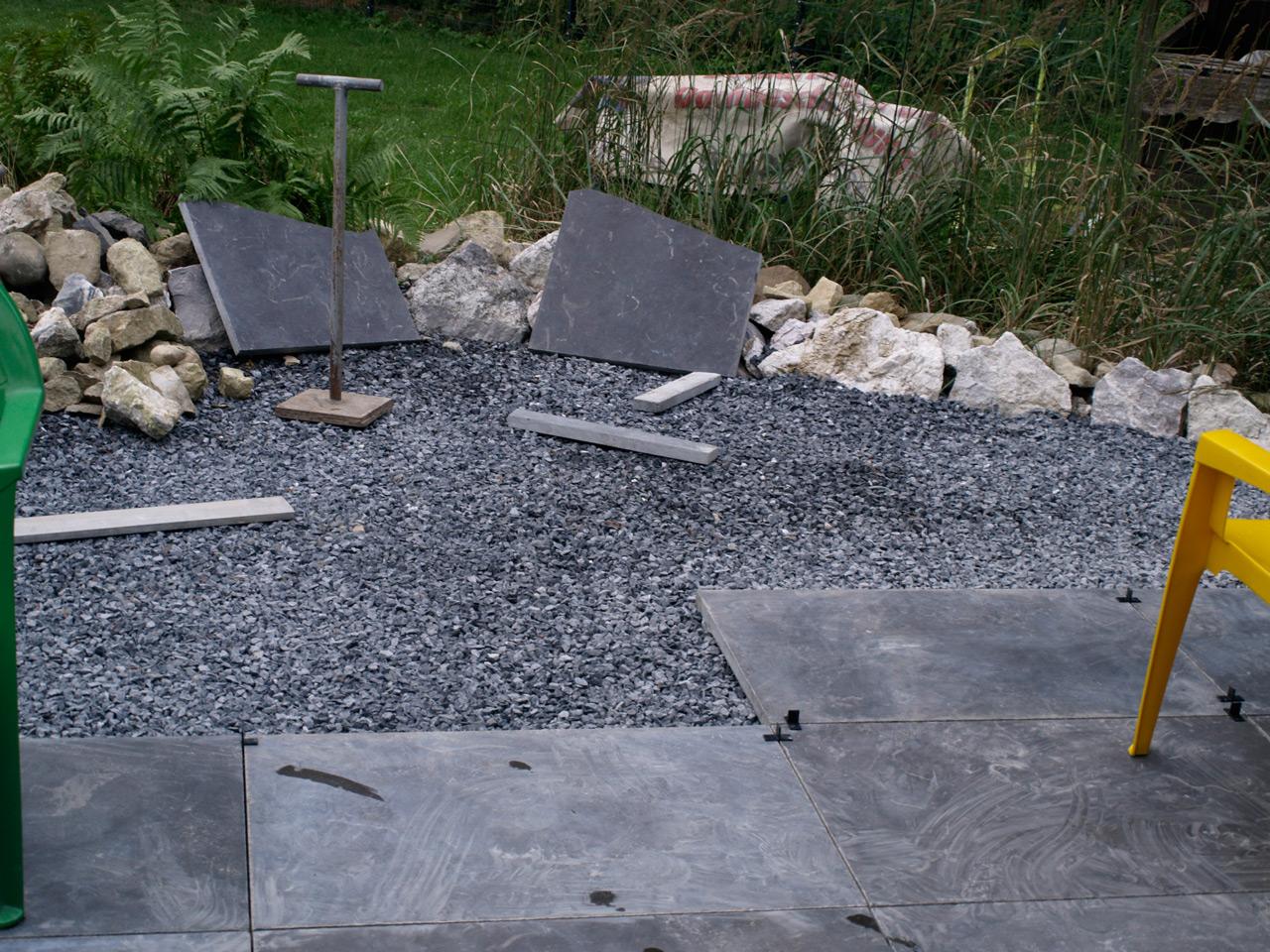 Das eckige in das runde terrassenplatten abschluss haustechnikdialog - Terras rand idee ...